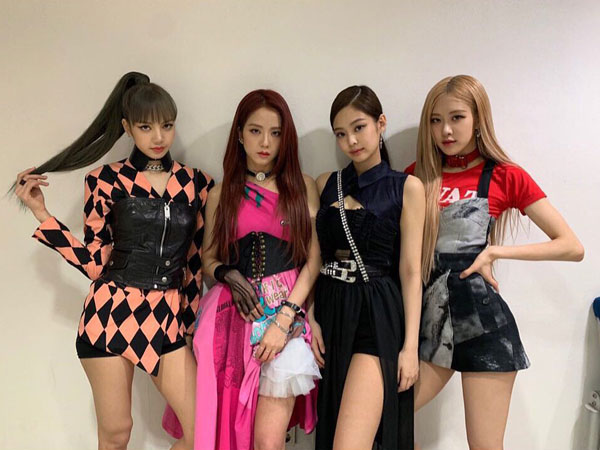 31blackpink-billboard-200-billboard-hot-100-1.jpg