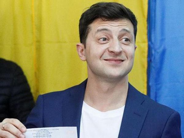Sosok Komedian Volodymyr Zelenskiy yang Berhasil Menang Pemilu Presiden di Ukraina