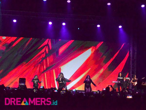 Jakarta Terbaik! Konser Perdana Fifth Harmony di Indonesia Sukses Tampil Memukau