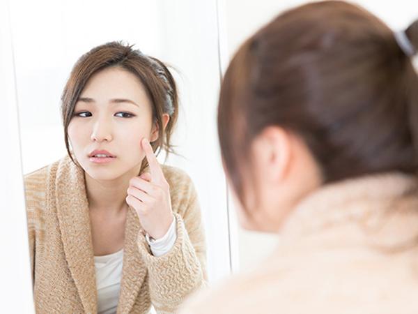 Tak Hanya Pengaruhi Mood, Menstruasi Juga Berikan Dampak pada Kondisi Kulit!