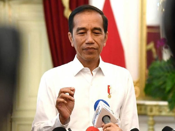 Nama-nama Menteri 'Fix' Diumumkan Lusa, Mengapa Jokowi Kerap Ambil Keputusan 'Besar' di Hari Rabu?