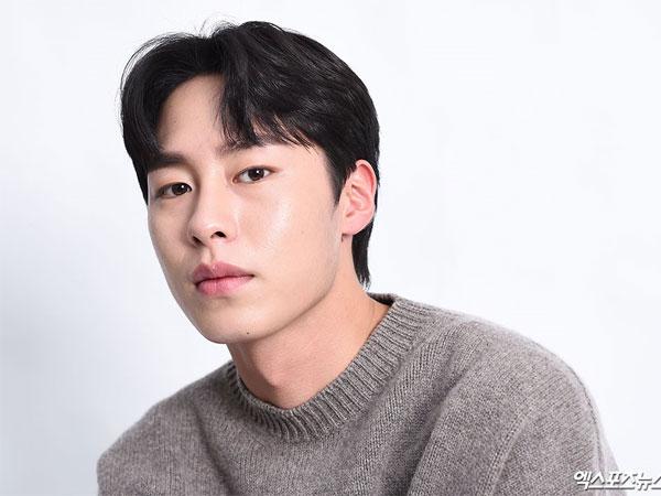 Lee Jae Wook Gabung Agensi Ryu Jun Yeol hingga Kim Jaejoong