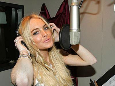 Sibuk di Studio Rekaman, Lindsay Lohan akan Comeback ke Dunia Musik?