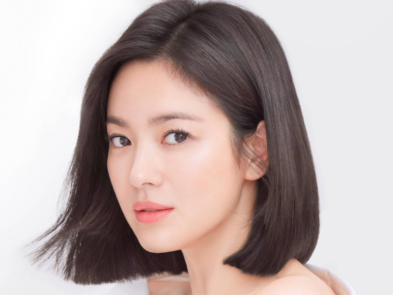 Tampak Lebih Awet Muda, Ini Trik Makeup Buat Wajahmu