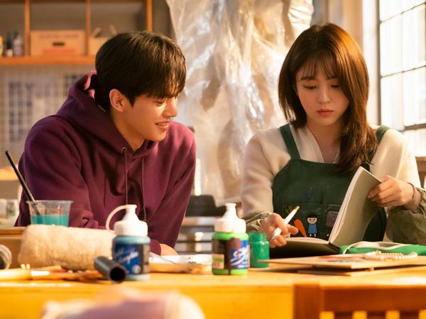 Simak 5 Fakta Menarik Drama 'Nevertheless' Dibintangi Song Kang dan Han So Hee
