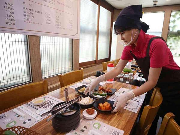 Aturan Ketat Restoran Korea Batasi Pengunjung, Langgar Denda Puluhan Juta