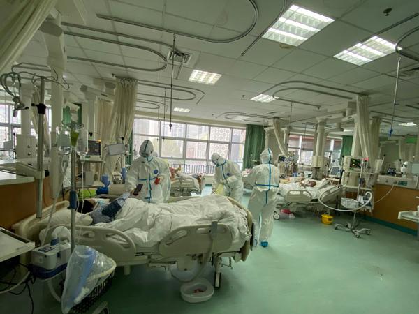 Dua Pasien Asal Tiongkok Dinyatakan Sembuh Dari Virus Corona