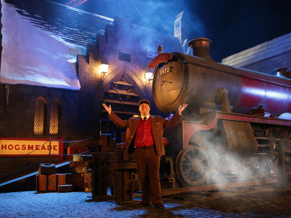 Belum Dibuka, Universal Studio Ajak Fans Tur ke 'Wizarding World of Harry Potter'