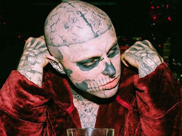 Mirisnya Sahabat Lady Gaga, Rick Genest 'Zombie Boy' yang Bunuh Diri Terjun dari Apartemennya