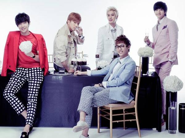Klarifikasi Rumor Bubar, MBLAQ Menitikan Air Mata di Konsernya