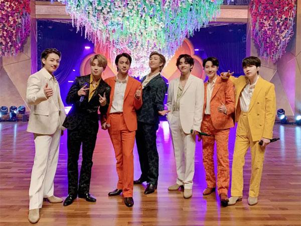 BTS 'Dynamite' Pecahkan Rekor 'Gangnam Style' dan 'Despacito' di Chart Billboard