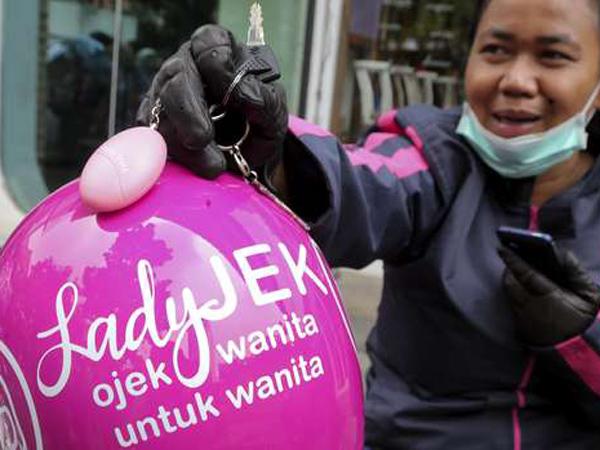Bukan Jadi Yang Pertama, LadyJek Tidak Anggap Go-Jek Pesaing