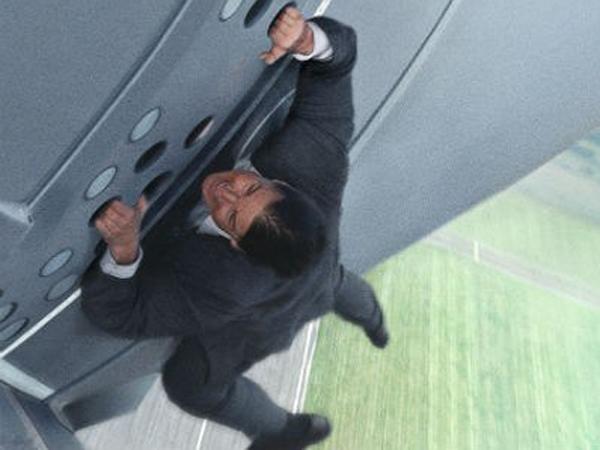 Tom Cruise Tunjukkan Kematangan Usia Tua Di Trailer Pertama Mission Impossible 5!