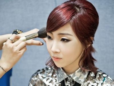 Minzy 2NE1 Akui Lakukan Operasi Plastik Pada Hidungnya