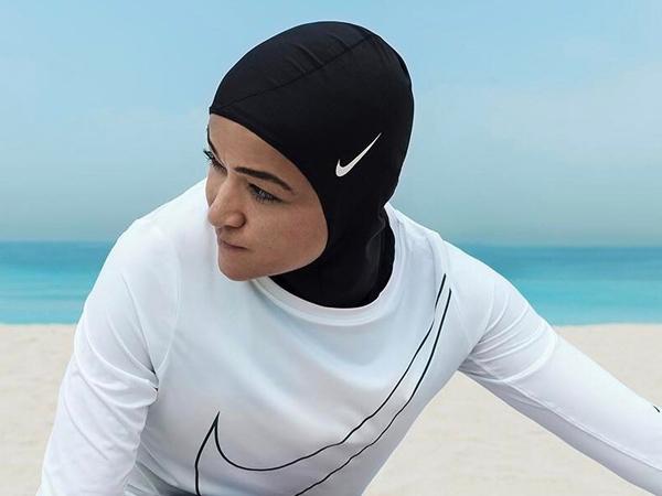 Sasar Atlet Muslimah, Nike Siap Luncurkan Produk Hijab Khusus!