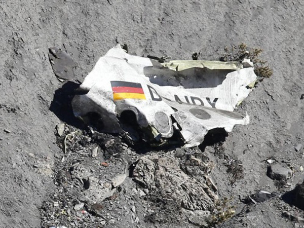Dunia Berduka Insiden Germanwings, Inilah 5 Kecelakaan Pesawat Karena Kesengajaan Pilot