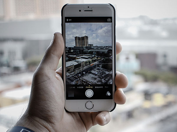 Sering Unggah Foto Pakai Filter 'Suram' Bisa Jadi Tanda Depresi