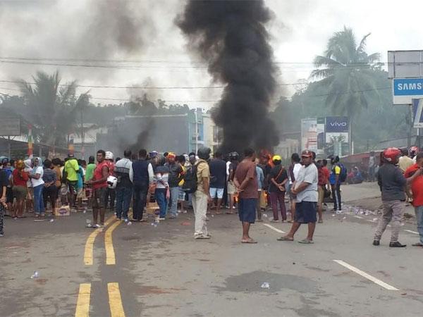 Kesaksian Warga Soal Kerusuhan Manokwari Buat Lumpuh Jalan, Ada Polisi Tertembak