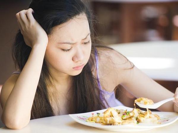 Sering Malas Makan Saat Sakit? Ternyata Ini Penyebabnya!