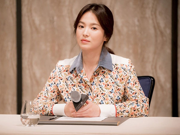 32song-hye-kyo-air-keras.jpg