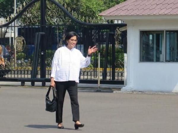 Sri Mulyani Penuhi Panggilan Jokowi ke Istana, Jadi Menteri Lagi?
