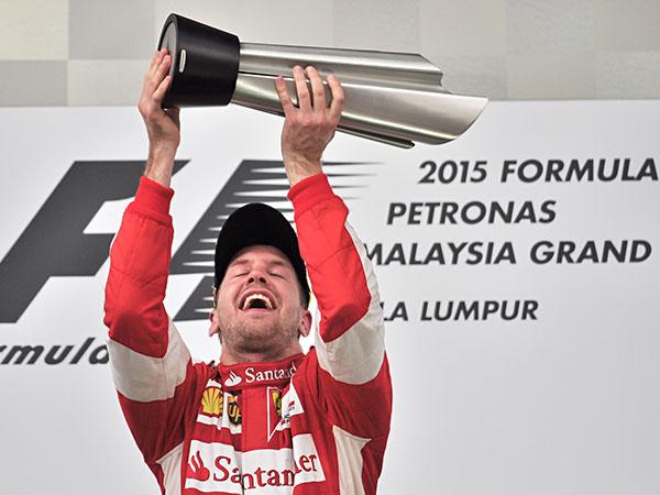 Vettel Patahkan Dominasi Mercedes di GP Malaysia