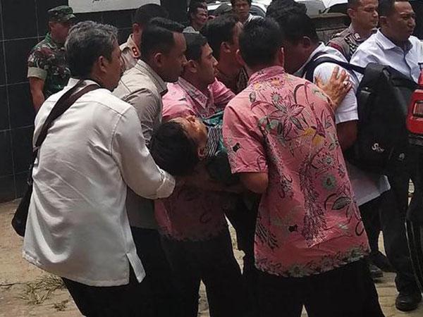 Penjelasan Psikologi Mengapa Justru Banyak yang 'Senang' Menko Polhukam Wiranto Ditusuk
