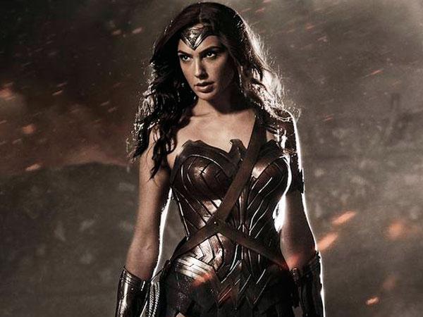 Produser 'Batman v Superman' Jelaskan Latar Belakang Wonder Woman yang Baru