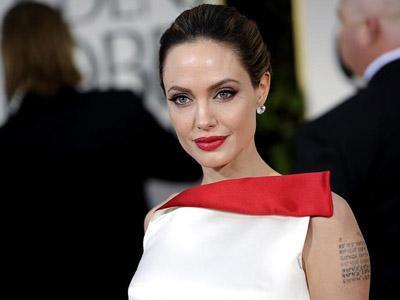 Angelina Jolie Prediksi Dirinya Akan Meninggal 3 Tahun Lagi?