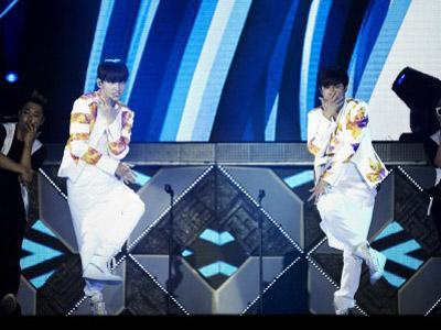 TVXQ Pecahkan Rekor Penonton Terbanyak Sepanjang Sejarah K-Pop!