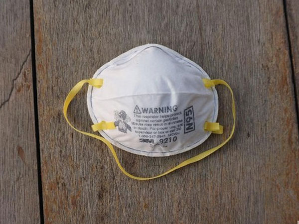 Satu Suspect Virus Corona di RSPI Sulianti Saroso Jakarta Masuk Isolasi, Perlukah Pakai Masker N95?