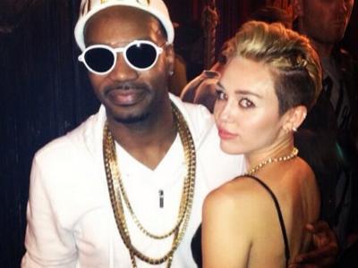 Duh, Miley Cyrus Dirumorkan Sedang Hamil!