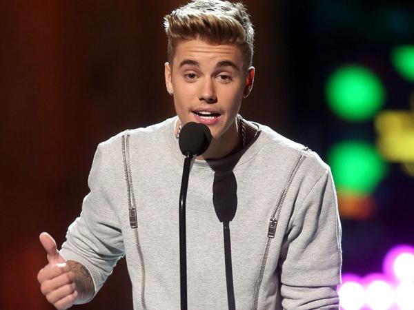 """Minta Maaf Pada Fans Atas Kelakuan Buruknya, Justin Bieber: """"Aku Hanya Manusia Biasa"""""""