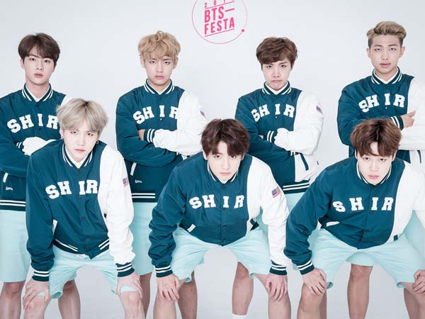 Staf Big Hit Entertainment Tertangkap Merokok Dalam Video 'Bangtan Bomb', Fans BTS Marah
