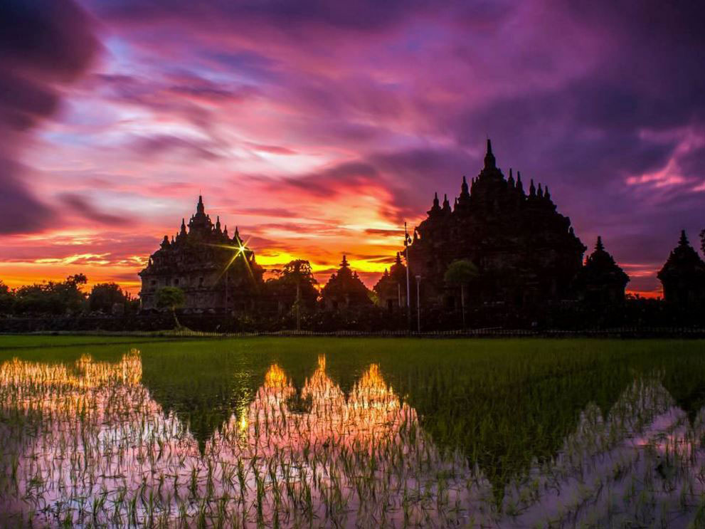 Tidak Hanya Borobudur, 6 Candi Indah di Indonesia ini Juga Tunjukkan Sisi Eksotisme Sejarah