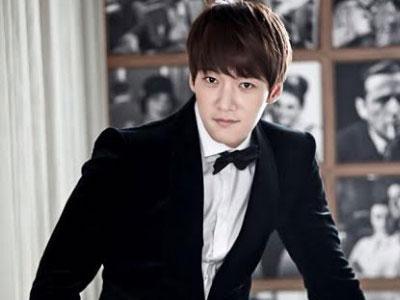 Pemain 'Emergency Couple' Berikan Kejutan Ultah Pada Choi Jin Hyuk!