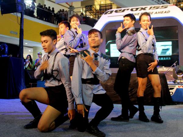 Intip Keseruan Kompetisi Sing Cover dan Dance Cover 'Sunday Pop! Festival' di Kota Solo Yuk!