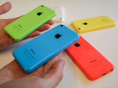 Tim Cook Akui iPhone 5C Bukan Ponsel Murah