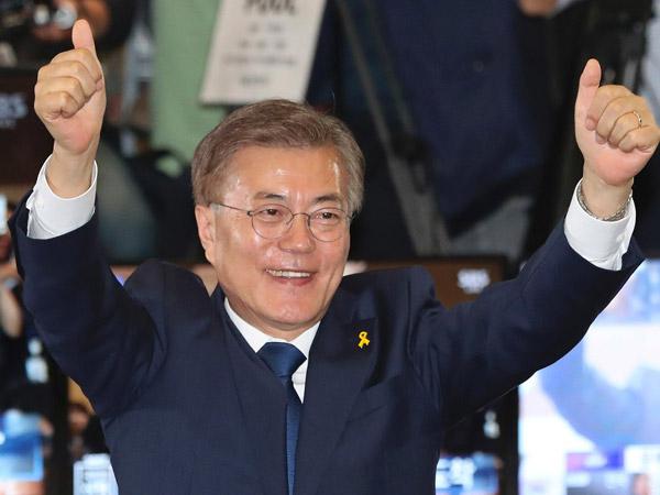 Telah Tiba di Indonesia, Kenalan dengan Presiden Moon Jae In yang Dulunya Anak Pengungsi Korut