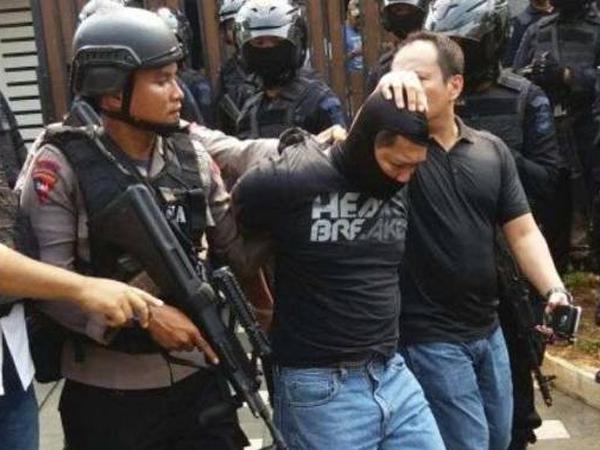 Ditangkap Polisi, Ini Dia Dua Perampok yang Sandera Penghuni Rumah Pondok Indah
