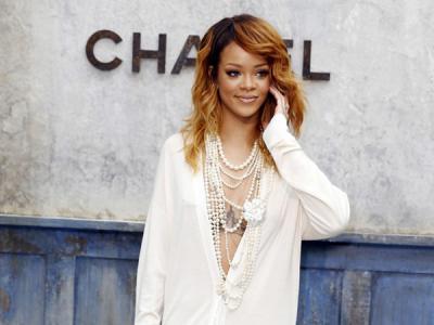 Rihanna akan Jadi Juri X-Factor UK 2014?