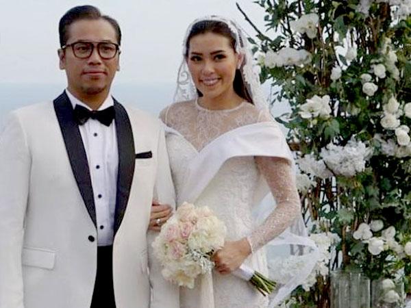Foto-Foto Indahnya Pernikahan Sammy Simorangkir dan Viviane