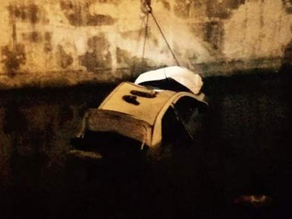 Ini Penyebab Sebuah Taksi Putih 'Nyemplung' ke Kali di Kawasan Epicentrum