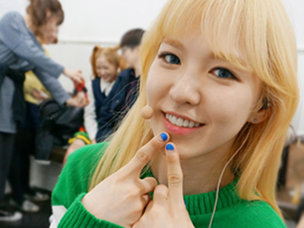 Bukan Bahaya, Wendy Red Velvet Malah Anggap Lucu Wardrobe Malfunction di 'Weekly Idol'