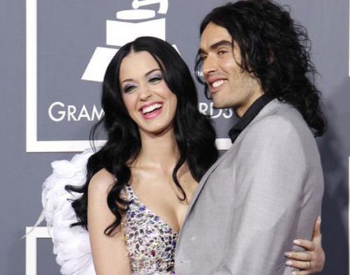 Doyan Mabuk, Katy Perry  Belum Mau Hamil
