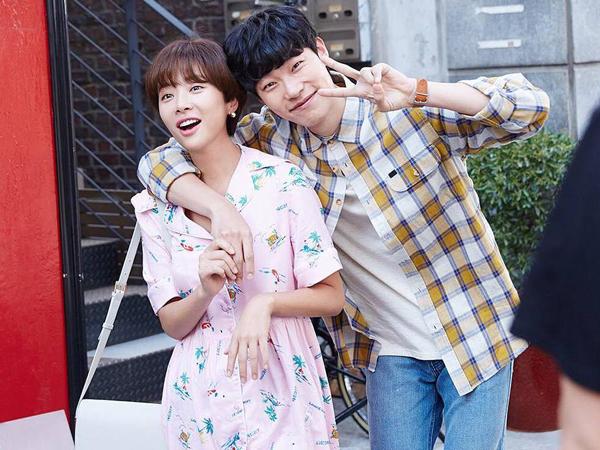 Hwang Jung Eum dan Ryu Jun Yeol Tunjukkan Chemistry di Balik Layar 'Lucky Romance'