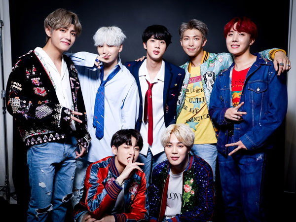 34bts-billboard-02.jpg