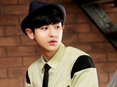 Siapa Teman Sekamar Chanyeol EXO Dalam 'Roommate' ?