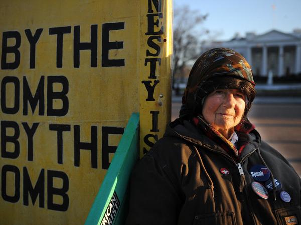 35 Tahun Demo di Depan Gedung Putih, Aktivis Wanita Ini Akhirnya Meninggal