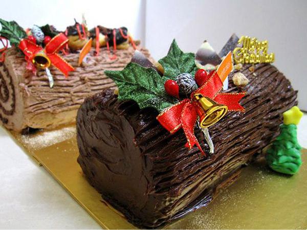 Yuk, Permanis Momen Natal Bersama Keluarga dengan Sajian Kue 'Batang Pohon' Ini